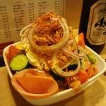 萬両 - 野菜サラダ 680円