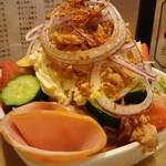 萬両 - 野菜サラダアップ