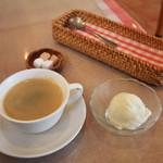 ラ・クレープリー - スープとヨーグルトのシャーベット