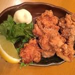 タイガー and ドラゴン - 若鶏の唐揚げ 280円