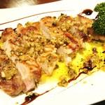 ステラカフェ - 料理写真:岩中豚極上ロース肉のグリルアンチョビバターソース