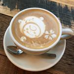 CoffeeLounge Lemon - カフェラテ(セットドリンク価格 450円)