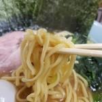 83796577 - 酒井製麺の中太麺