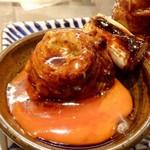 博多串焼き バッテンよかとぉ - 串を卵にインした、の図。