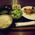 てまひま - 鶏オーブン野菜ソース、ほか