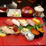 にぎり長次郎 - 料理写真:寿司御膳「彩」1,430円(税別)