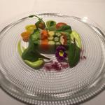 83805619 - 前菜1 野菜のテリーヌ