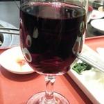 炭火焼肉 銘柄黒毛和牛 福楽苑 - グラスワインの赤600円