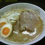 みらい亭 - 料理写真:塩とんこつ