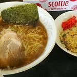 らーめん サスケ - 料理写真:Aセット(醤油らぁめん+半チャーハン)950円