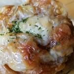 昇匠 SHOW BAKERY - こってりしたチーズが美味「グラハムチーズ (118円)」