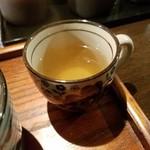 モンストロ バーベキュー - すっきりとしたお茶