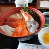 舟屋 - 料理写真:海鮮丼UP