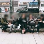 磯金 漁業部 枝幸港 - 寒い中、我慢出来ず、ビールと鶏肉^ ^