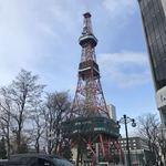 磯金 漁業部 枝幸港 - お約束のテレビ塔