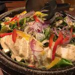 九州地鶏屋 鍋弁慶 - 蒸し鶏と豆腐のゴマだれサラダ!ボリューム満点!