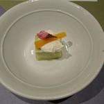 九つ井 - アスパラ豆腐