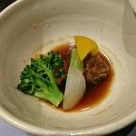 九つ井 - 牛と野菜の味噌煮