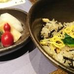 九つ井 - 鳥とひじきのご飯