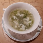 Chuugokuryourinanen - あおさとフカヒレのスープ あおさの香りが強めでフカヒレは少な目ながら、味のバランスは良くて美味しい