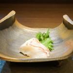 クロモリ - 鮃昆布締めの椒麻ソース