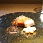 クロモリ - 齋藤豚の炭焼き叉焼