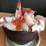 伊豆高原ビール うまいもん処 - 【2018.4.2】伊豆の地魚と海鮮どんぶり¥1980