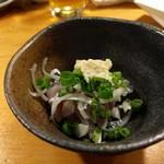 天史朗寿司 - 料理写真:お通し(鯵刺し身)
