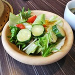 カルビ一丁 - サラダはなかなか新鮮です。
