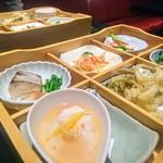 83841756 - 松花堂前菜
