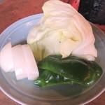 らくだ山 地鶏の店 - 地鶏炭火焼定食の野菜
