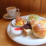 カフェ 轍 - 料理写真:トーストモーニング 小倉