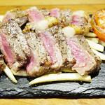 いたりあ食堂 坊乃家 - ★肉バルの牛グリルステーキ200g