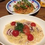 ジョリーパスタ - イカとミニトマトのガーリックパスタ。