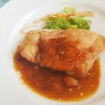 83859218 - 【2018.04】ランチタイムセット(本日のメイン料理・若鶏もも肉のオーブン焼きデミグラスソース)