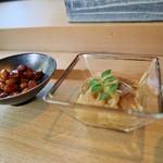 鮨 麻生 平尾山荘 - 料理写真:冷えた切り干し&イカと大豆の煮物