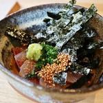 鮨 麻生 平尾山荘 - ハマチ ごまベースの味付け