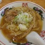 東一 - 出汁中華そば680円