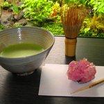 彩翔亭 - 本格的な抹茶が楽しめます。夏には冷抹茶もあります。