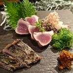 魚貝三昧 げん屋 - 初鰹藁焼きたたき