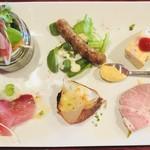 フランス家庭料理  グランダミ -