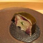 鮨 安吉 - 料理写真:鯖の棒寿司