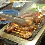焼肉 蘭 - こうやって焼きます