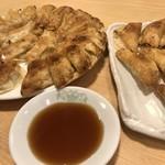 餃子 照井 -