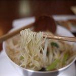 幻霜餃子文菜華 - 細めの麺ですが、程よい食感