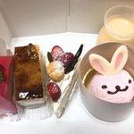 ハックルベリー - 料理写真:今回買ったケーキ系