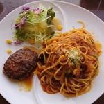 カフェ・ド・あいどる - ハンバーグ&お好みセット・揚げ茄子のミートスパゲッティ