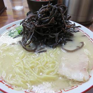 博多元気一杯!! - 料理写真:キクラゲラーメン850円。
