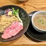 一望 - 料理写真:魚介豚骨つけ麺