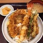 天丼てんや - 天丼 540円。